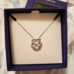 NEW - Swarovski necklace